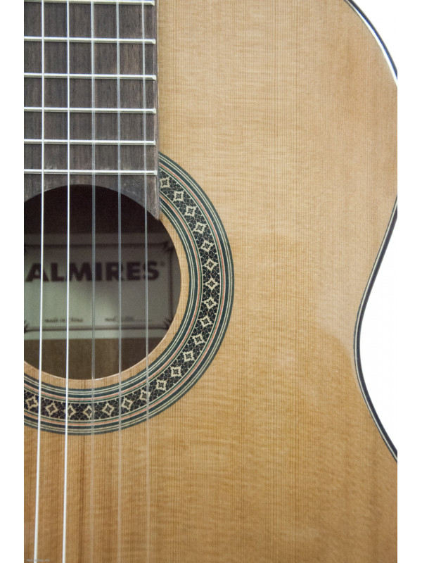 FLIGHT C-25S CLASSICAL GUITAR